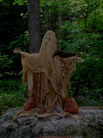 Halo's Eve Spirit Halloween / Fall Pattern