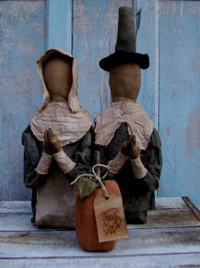 Praying Pilgrims Halloween / Fall Pattern