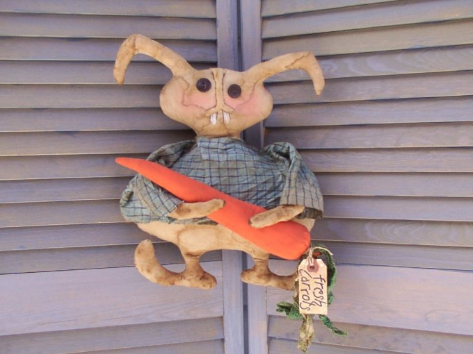 Prim Peter Bunny & Grubby Carrot Pattern